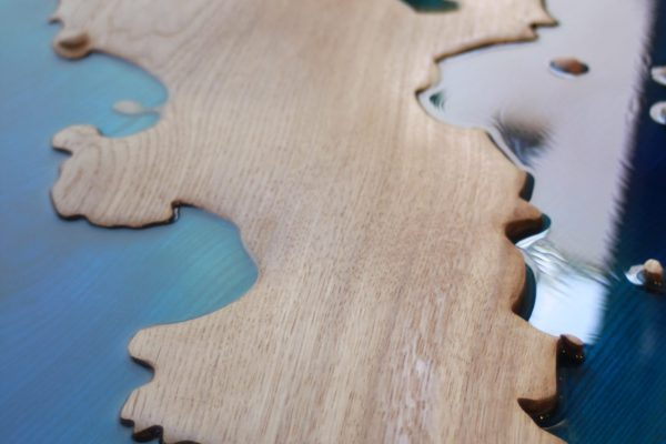 Tresco table close up